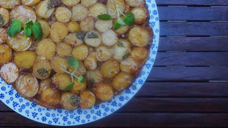 Tarta tatin z młodymi ziemniakami